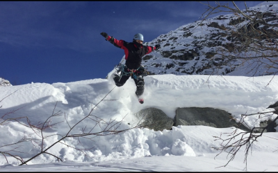 Les hivers de Pyrénées Canyoning by Max & Lola ☃️