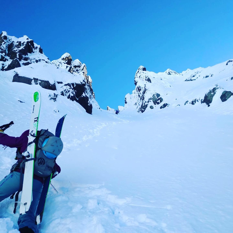 pyrenees canyoning hiver