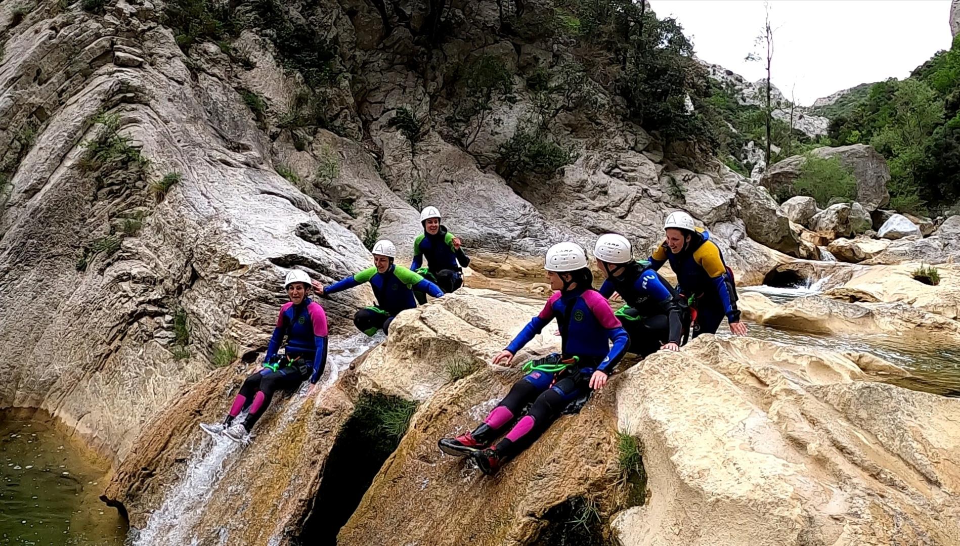 illustration toboggan canyoning